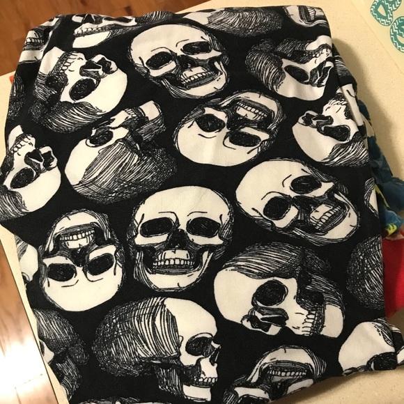 pants lularoe leggings tc sketch skulls poshmark
